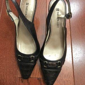 Naturalized kitten heels (~1 inch)